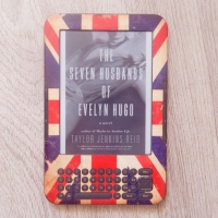 {2017-LB38} The Seven Husbands of Evelyn Hugo